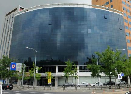 김포공항로  진입대로변 랜드마크,  1층지프 차 전시장