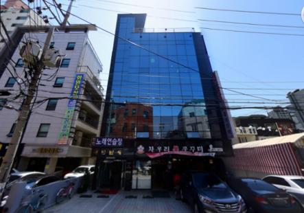 강동구청역 먹자골목 수익형 건물