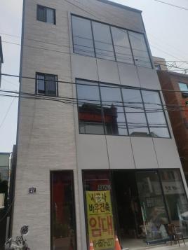 동성로 현대백화점 인근 골목